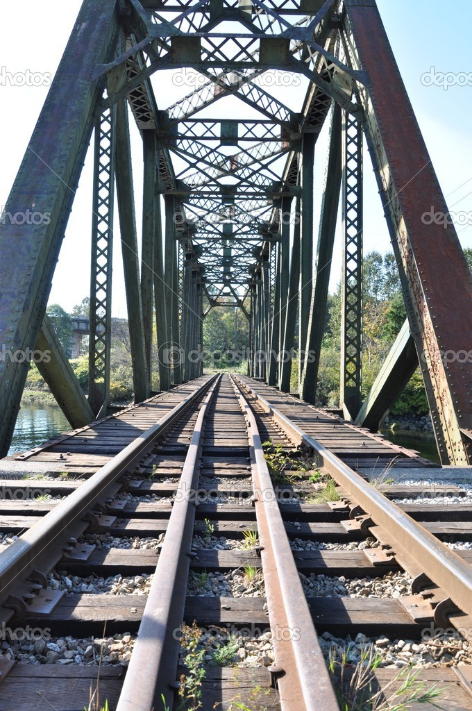 Closeup railway bridge — Stock Photo #4858948