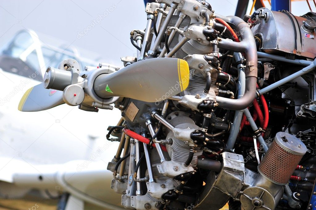 Old engine from a fighter — Stock Photo #4634061