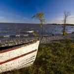hecla Adası manitoba üzerinde eski yıpranmış balıkçı teknesi — Stok fotoğraf
