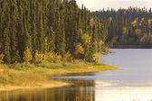 Northern Manitoba Lake near Thompson in Autumn — Stock Photo