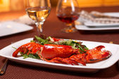 Lobster with salad and tomato — Stock Photo