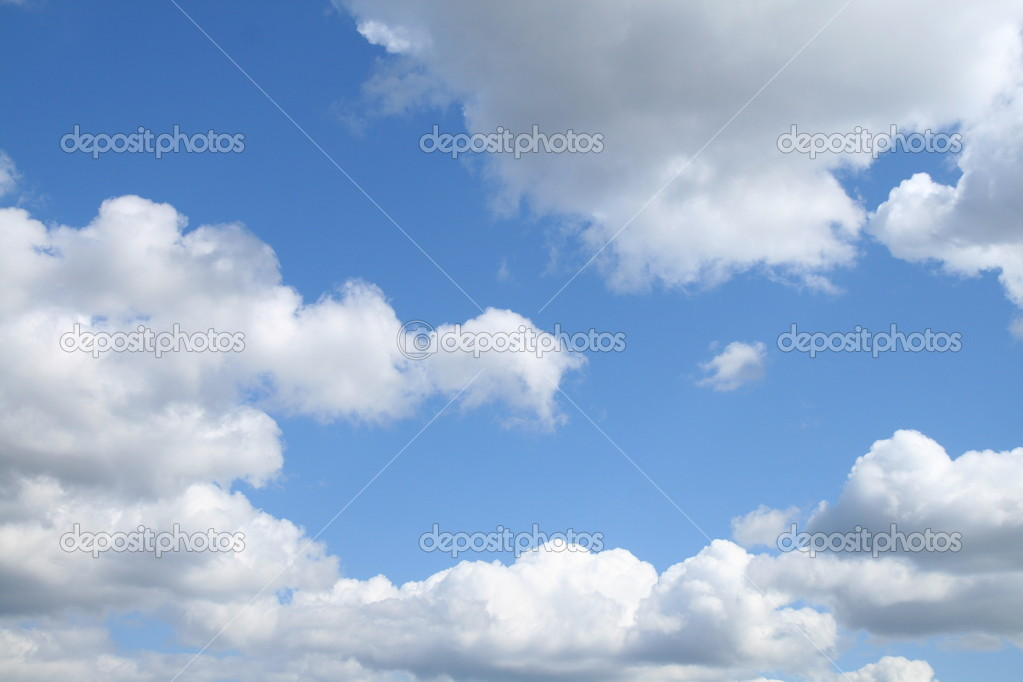 Blu sky outdoors ozone cloudscape — Stock Photo #4731060