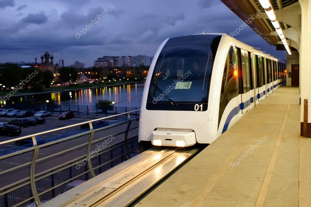 московское наземное метро фото