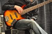 E-gitarrist macht pauza — Zdjęcie stockowe
