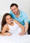 Couple embracing — Stock Photo