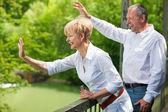 Senior o madura pareja profundamente — Foto de Stock
