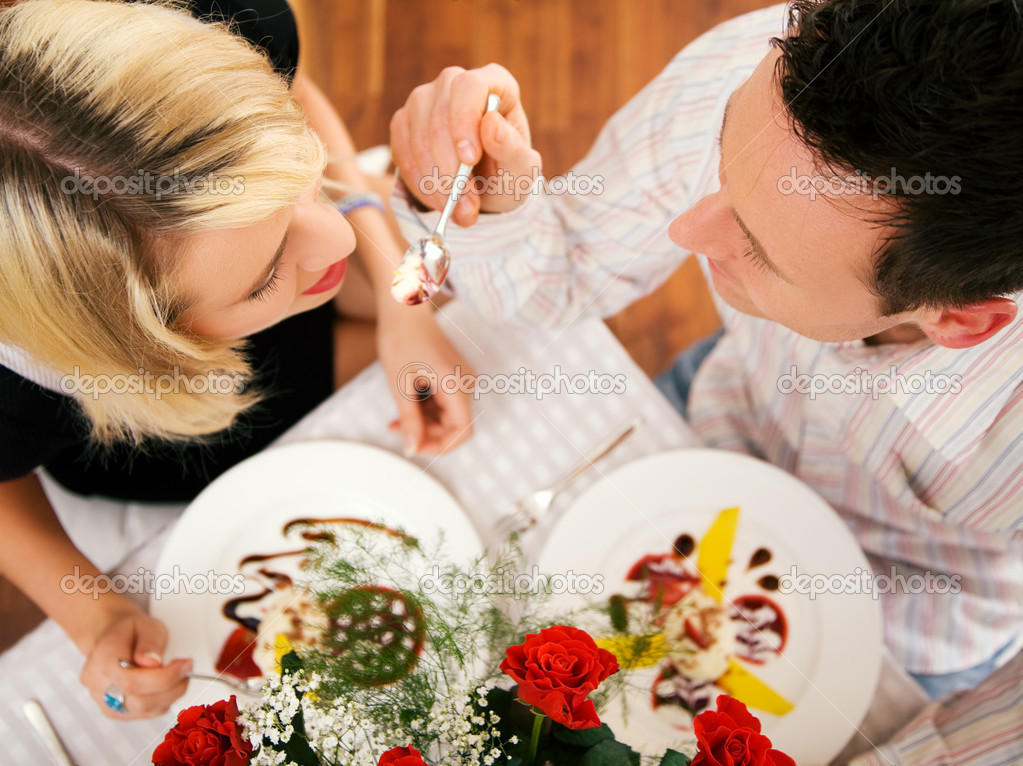 Romantic dinner — Stock Photo #5023649