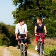 Young fitness couple doing — Stock Photo