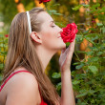 donna facendo lavori di giardinaggio — Foto Stock #5052740