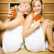 Two friends (female) enjoying — Stock Photo #5056878