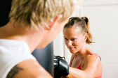 Boxing couple (male and female) — Stock Photo