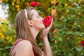 Woman doing garden work — Stock Photo