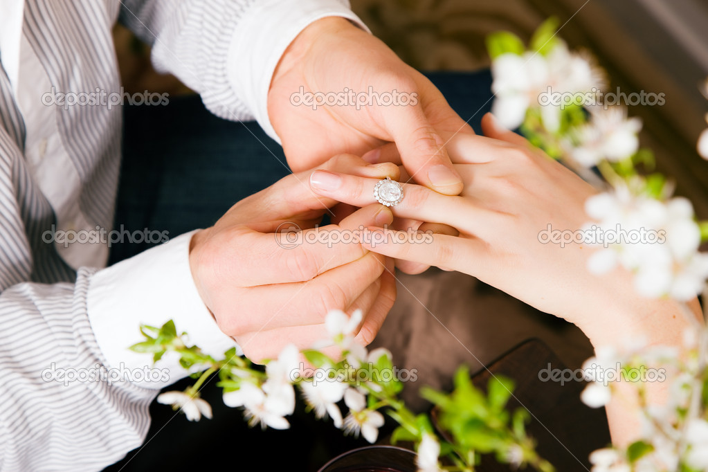 Marriage by giving the ring  — Stock Photo #5051683