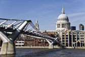 St Paul`s Cathedral and Millennium bridge — Stock Photo