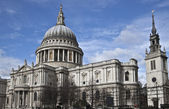St. Paul's Cathedral from the south — Stock Photo