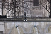 Fountains near St. Paul`s Cathedral — Stock Photo