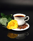 Coffee and yellow rose — Stock Photo