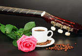 Coffe, pink rose and guitar — Stock Photo