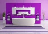Cuarto de baño contemporáneo púrpura — Foto de Stock