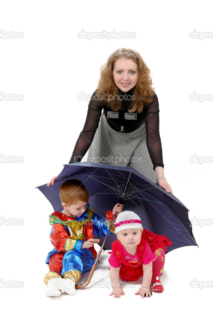 Mom covers her children umbrella on a white background                                — Stock Photo #5276979
