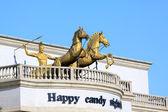 Roman chariot warriors horses sculpture — Stock Photo