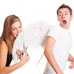 dívka spadávkou křídla svého přítele — Stock fotografie