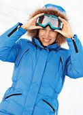 Attractive girl in ski sunglasses — Stock Photo
