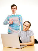 Couple with computer — Stock Photo