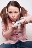 Woman playing video game — Stock Photo