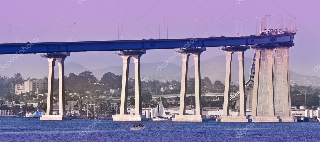 The distinctive curve and soaring sweep of the San Diego-Coronado Bridge was the first structural conquest of San Diego Bay, joining the Island of Coronado and  — Stock Photo #5003308