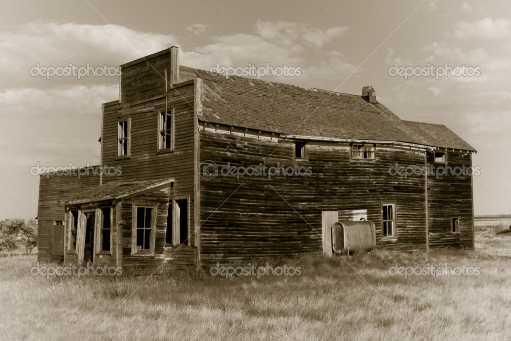 Abandoned Western Towns http://depositphotos.com/5163761/stock-photo-Old-Abandoned-General-Store.html