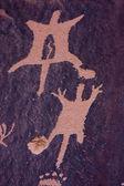 Petroglifos en el periódico de la roca, indian creek, utah — Foto de Stock