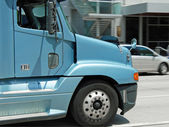 Close-up view of classical american big modern truck — Stock Photo