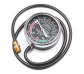 Professionelles vakuum und kraftstoff pumpe-tester — Stockfoto