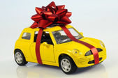 Car with staple gift — Stock Photo
