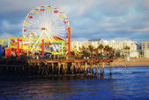 The Pacific Ocean. Santa Monica Pier. — Stock Photo
