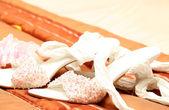 для новобрачных обувь с бисером — Стоковое фото