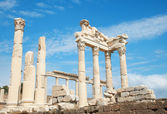 Trajan temple in Pergamon Turkey — Stock Photo