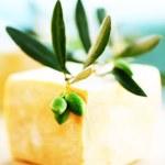 Постер, плакат: Olive soap bar