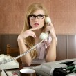 Beautiful retro businesswoman vintage secretary — Stock Photo