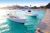 Puerto Morelos beach boats pier Mayan Riviera — Stock Photo