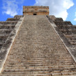 Royalty-Free Stock Photo: Chichen Itza Mayan Kukulcan pyramid in Mexico