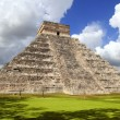 Stock Photo: Ancient Chichen ItzMaypyramid temple Mexico