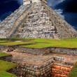Stock Photo: Chichen ItzKukulcMayPyramid El Castillo