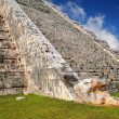 Kukulcsnake MayChichen Itzpyramid Mexico — Stock Photo #5283004