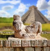 Chac Mool Chichen Itza figure Mexico Yucatan — Stock Photo