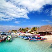 Isla Mujeres island dock port pier colorful Mexico — Stock Photo