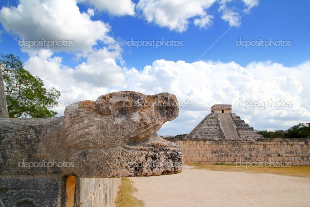 Chichen Itza Jaguar and Kukulkan Mayan temple pyramid Mexico Yucatan  Stock Photo #5282951
