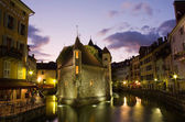 Palace of Isle by night at Annecy — Stock Photo