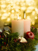 Advent wreath with a lighted candle — Foto de Stock